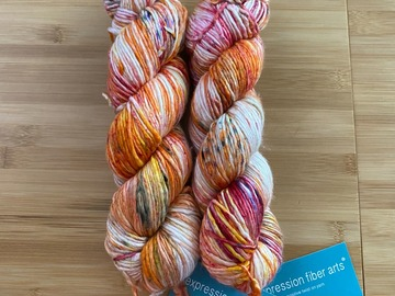 Selling: Expression Fiber Arts Lily of the Valley Worsted Yarn